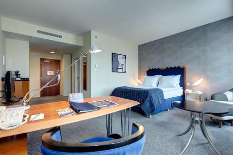 Radisson Blu Carlton Room