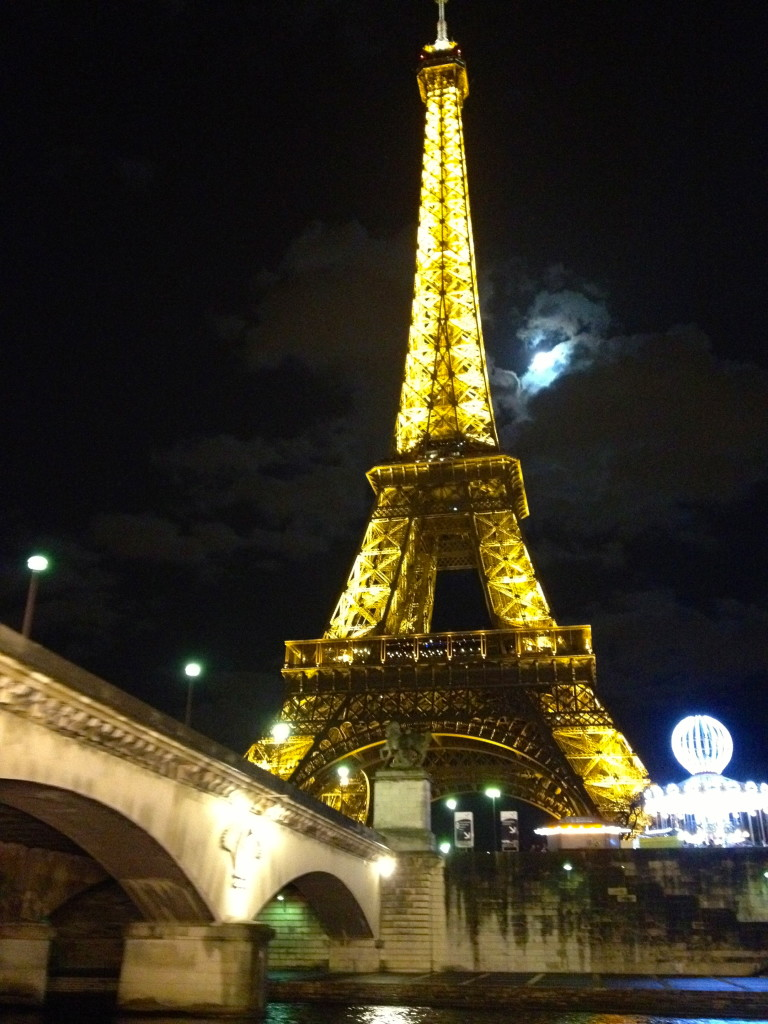 night_eiffeltower