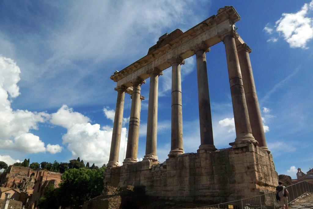 Italy-Rome-Forum-Temple-Saturn-Travel-Addicts