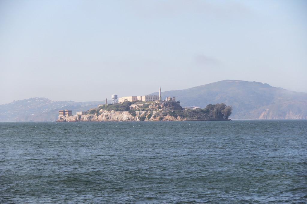 Alcatraz from Fishermans Wharf2
