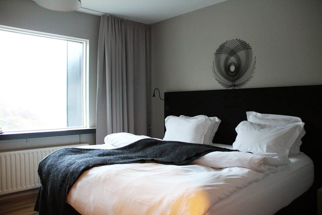 ion luxury adventure hotel - room