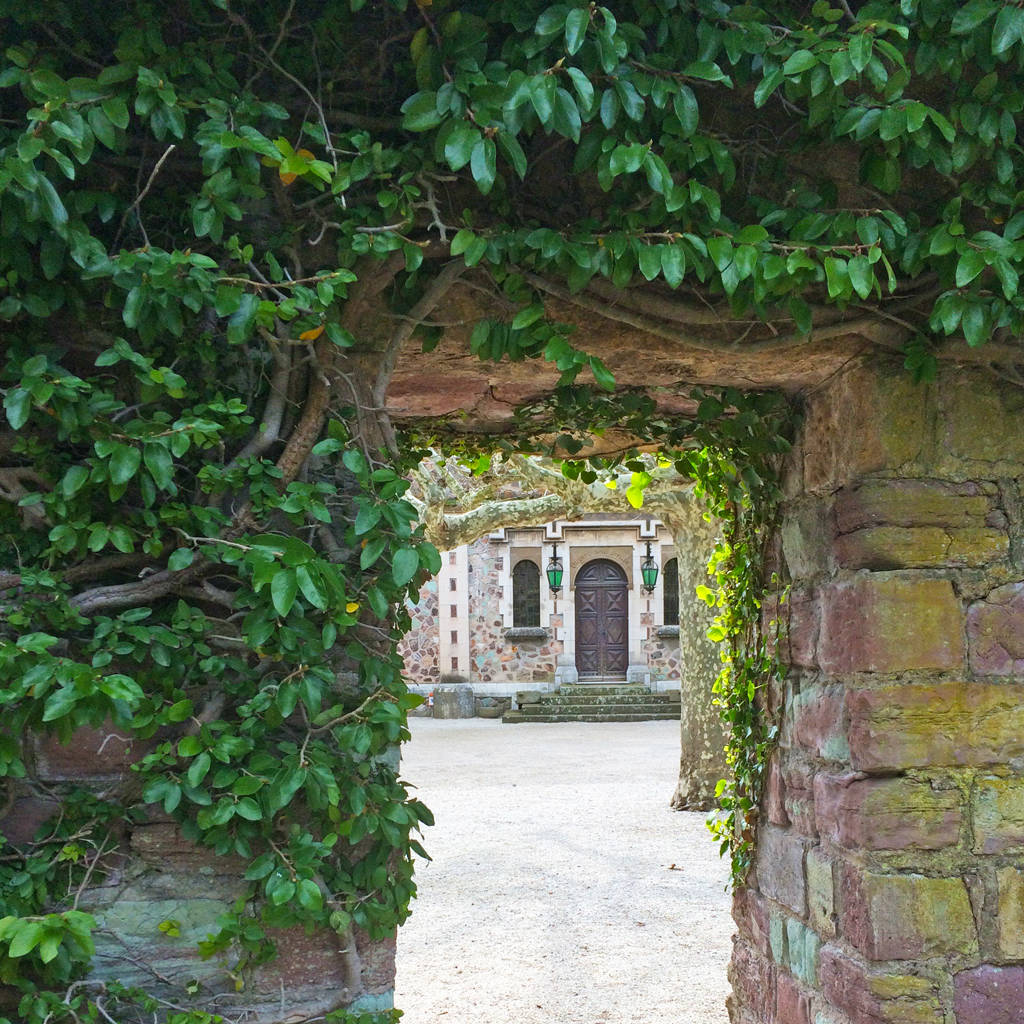 la chateau - doorways