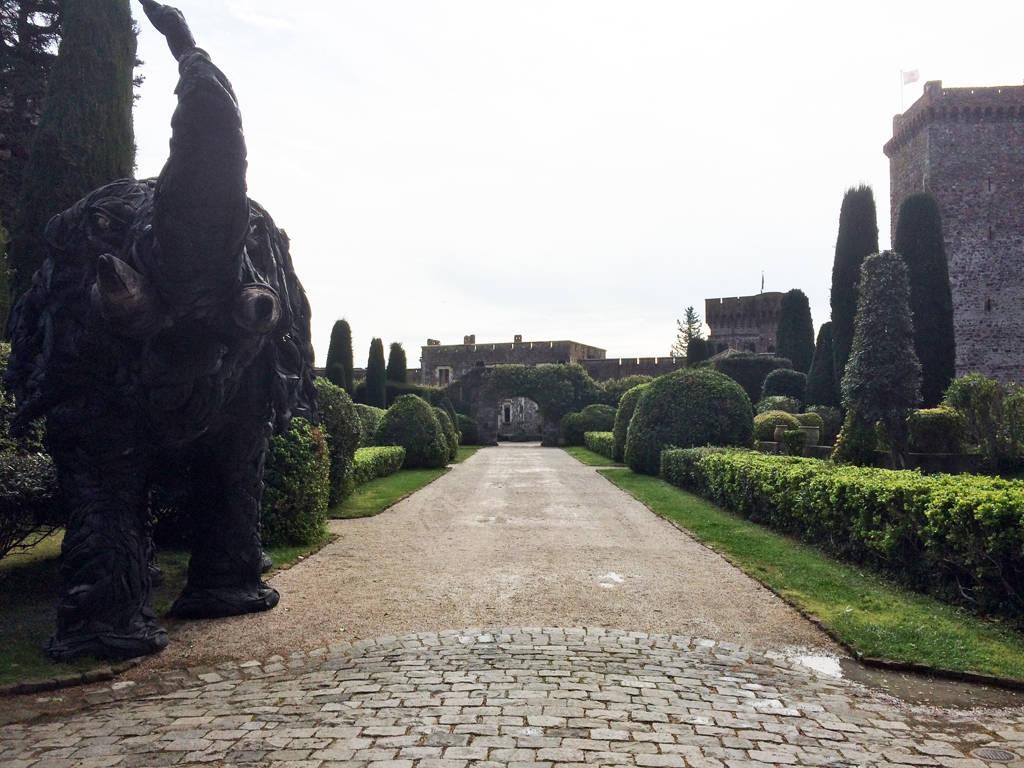 le chateau de napoule - entrance