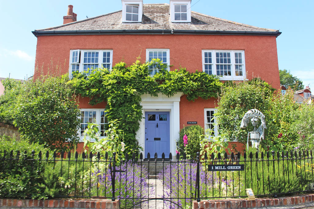 lyme regis - house goals