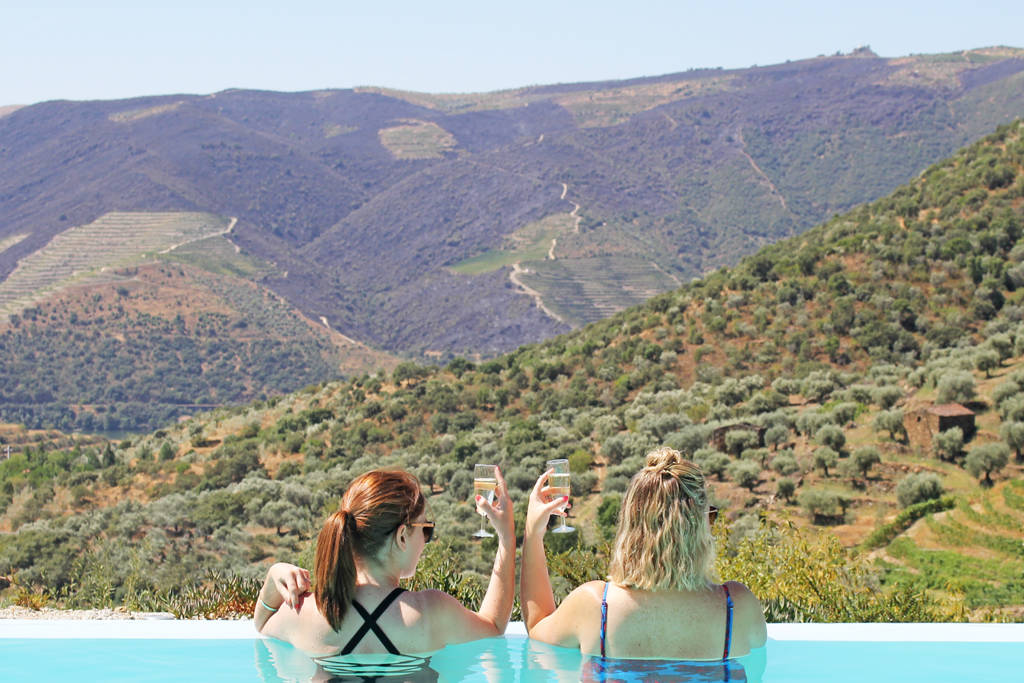 LTportugal - douro valley pool view