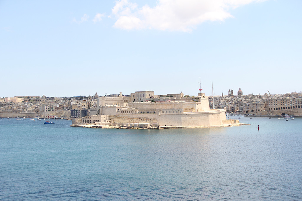 one week in gozo - postcards from malta - valletta fortification