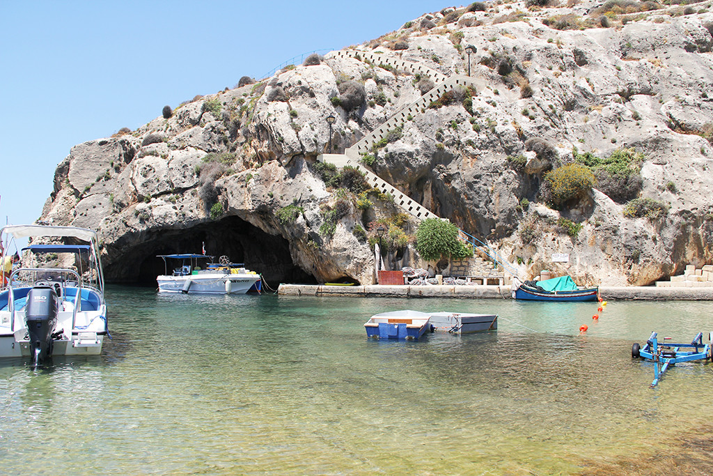 one week in gozo - postcards from malta - xlendi bay